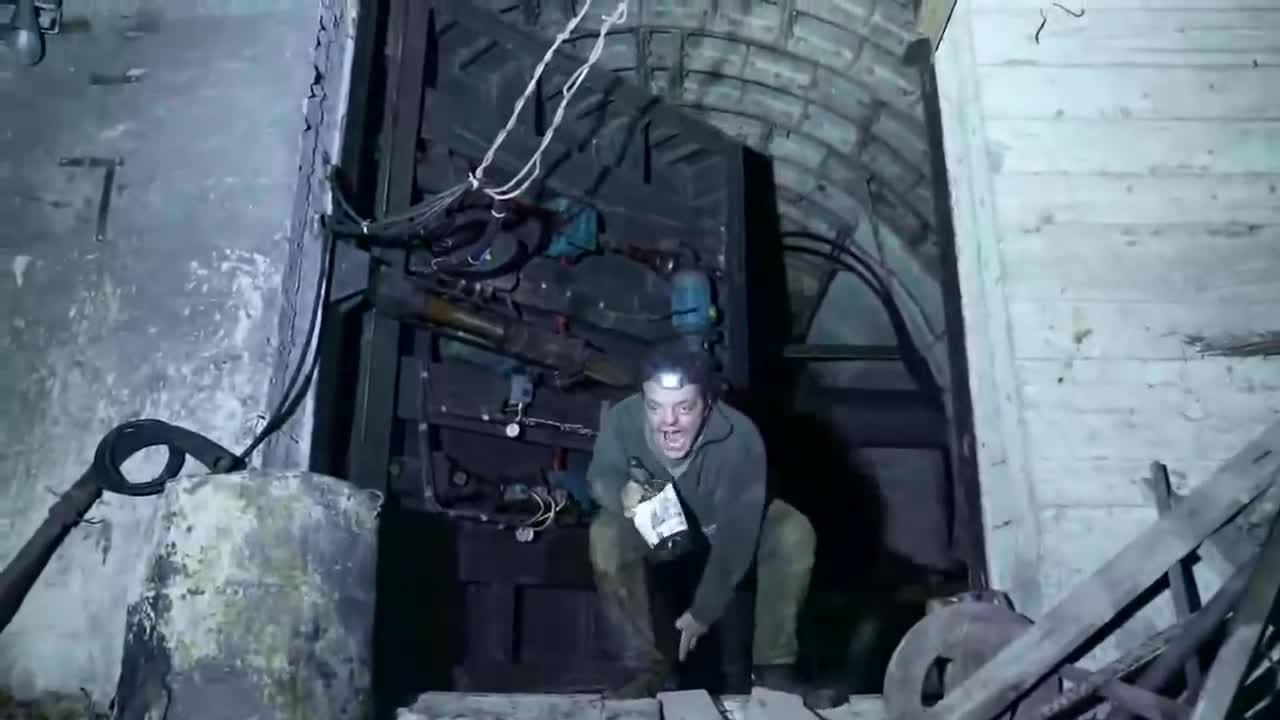 Open the bunker, Ivan. .. Ivan? More like Quasimodo.