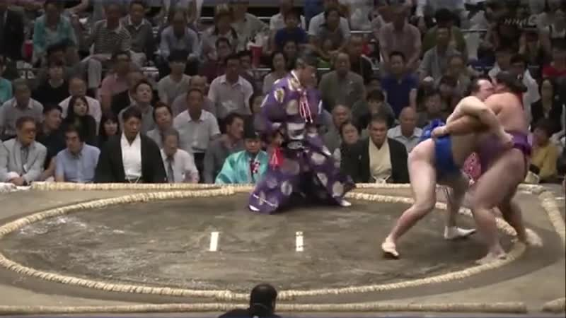 TAKE ME WITH YOU. Chiyoshoma (in blue) vs Yoshikaze, Aki Basho 2018 join list: SumoSlammers (171 subs)Mention History.. I'm having an unexpected and growing appreciation for this sport since you started posting these vids. Also, if possible, I do prefer them with sound. Even if y