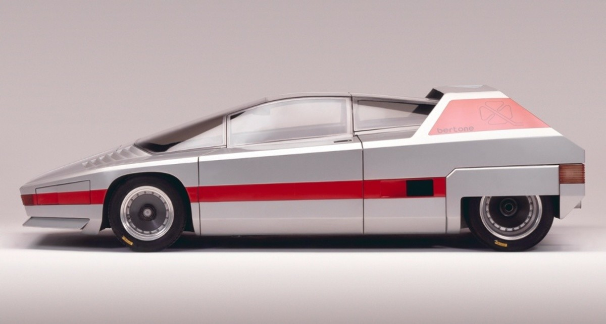 1976 Alfa Romeo Navajo. .. Was it built out of giant lego pieces? It looks like it was built out of giant lego pieces