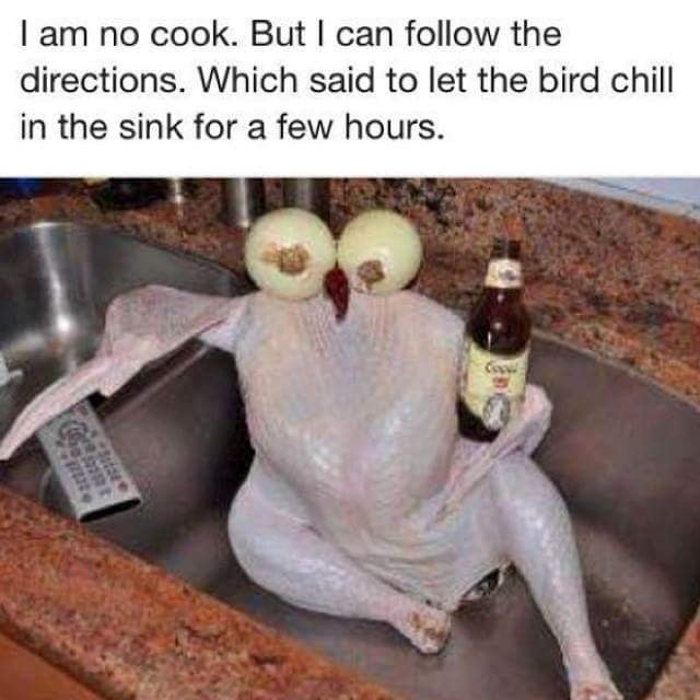 chilling naked Hen. .. This is some Facebook level memery, but i don't care that is one sexy bird.