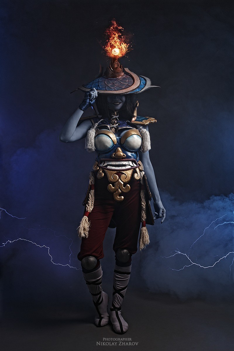cool ass female storm spirit cosplay. .. Electro titties.