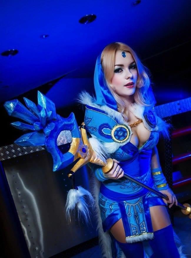 Dota 2 Cosplay comp. Crystal maiden Luna Wind ranger Vengeful spirit Lina Rubic Doom bringer Drow ranger Phantom assassin Queen of pain Templar assassin Death p