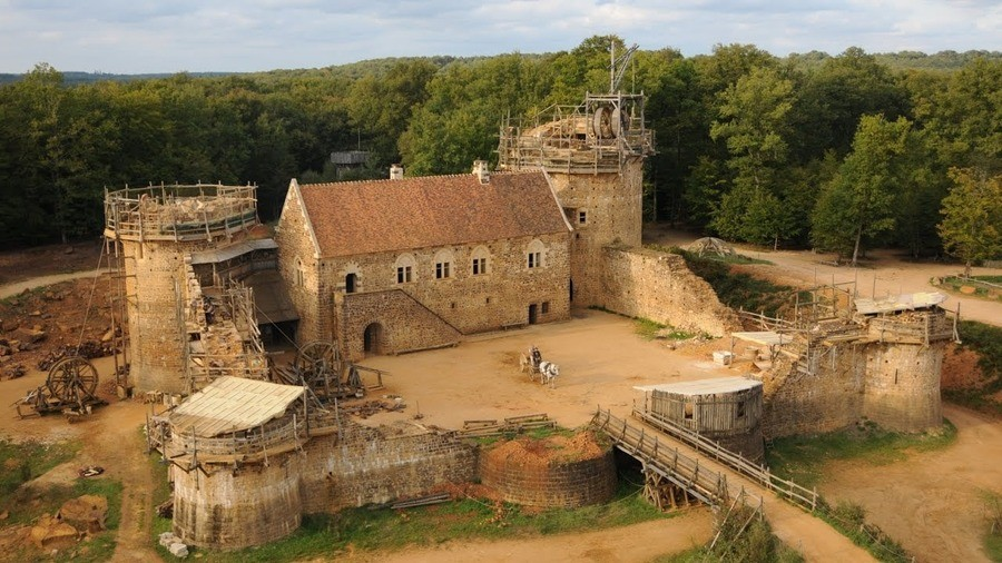 Guédelon. join list: neato (1245 subs)Mention History join list:. This is being built right now with mediaeval techniques, pretty cool.