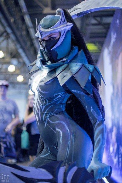Huge dota cosplay compilation. Phantom assassin Vengeful spirit Boobranger Vengeful spirit Drow ranger Naga Queen of Pain Warlock Witch doctor Timbersaw Drow ra