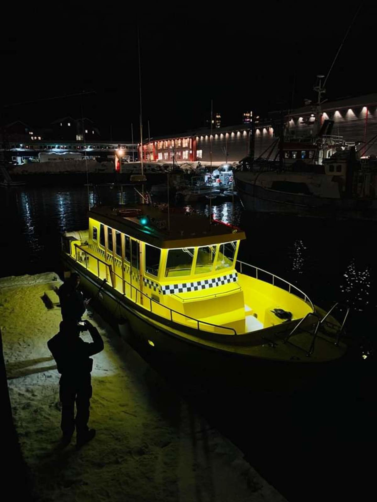In Greenland, we have Taxi boats.. Cost a lot tho... We have them in Norway too. They are pretty neat, and can manage to dock with only 1m sea, because of the jet motor.