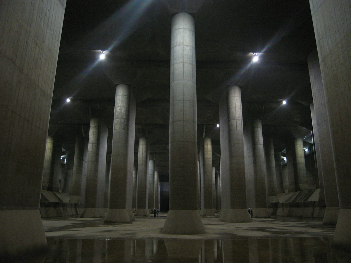 Metropolitan Area Outer Underground Discharge Channel. .. Reminds me off Mirror's Edge.