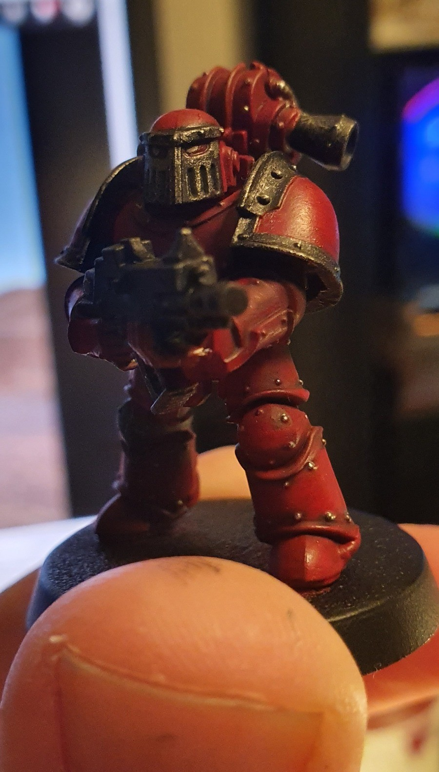 No #2 guy painted. Night 2 of painting and some experimentation with what paints I have that aren't based around painting unltramarines.. Nice blood angels.