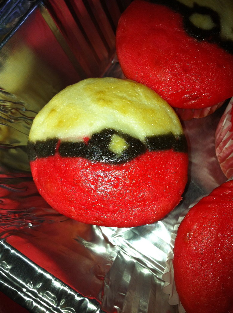 Pokeball Cupcakes. cupcakes my friends gf made for his birthday.