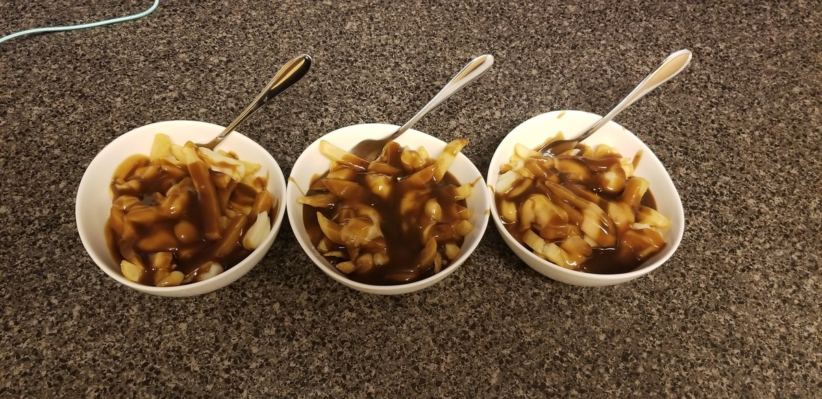 Putin. After having traveled to the Great White North recently I picked up a taste for Poutine and I thought I would try my hand at making some. The gravy was h