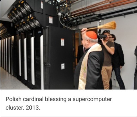 Tech Priest does his duty. .. Praise it!